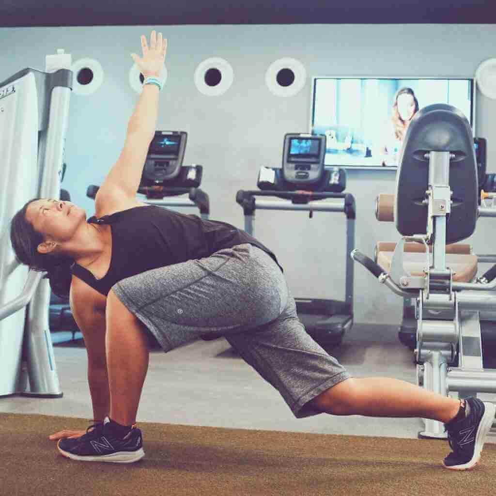 Melanie Yip - Yoga Teacher Asana at Home