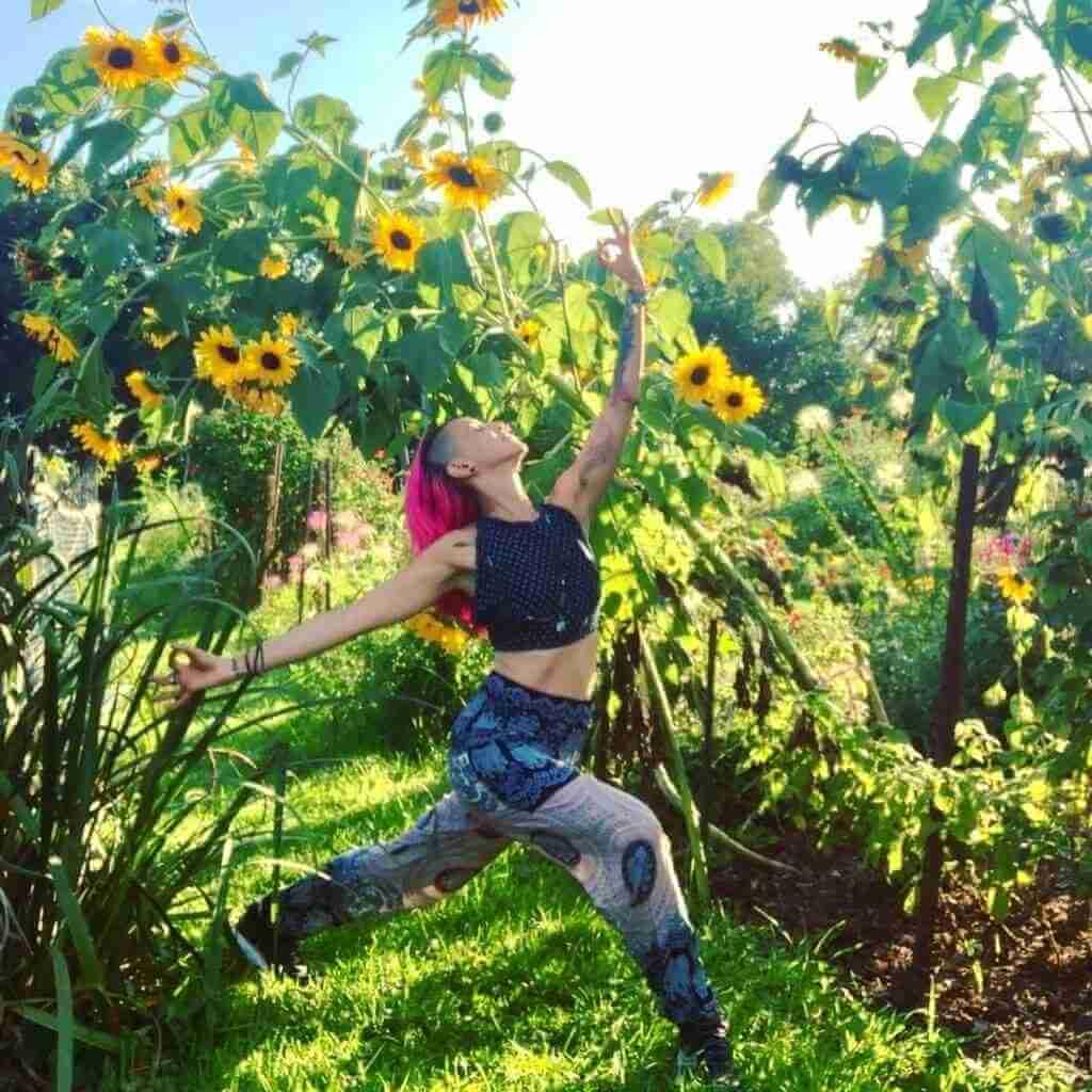 PAMELA LYN - Yoga Teacher Asana at Home