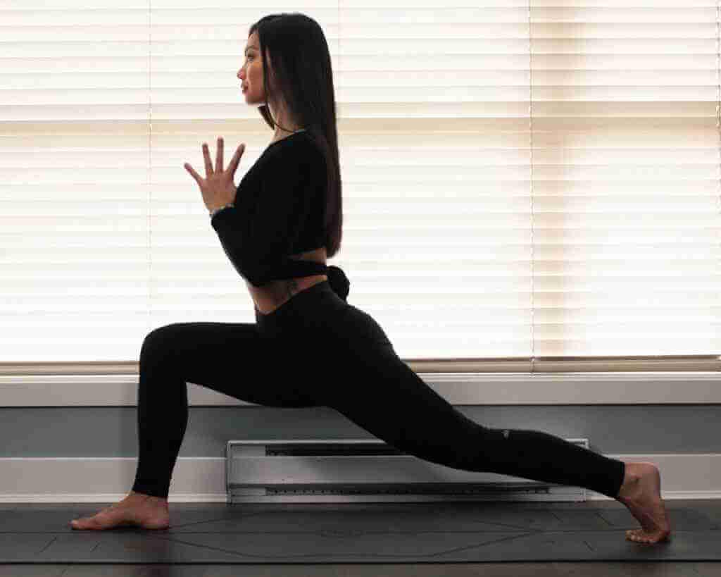Blef Peredo - Yoga Teacher Asana at Home