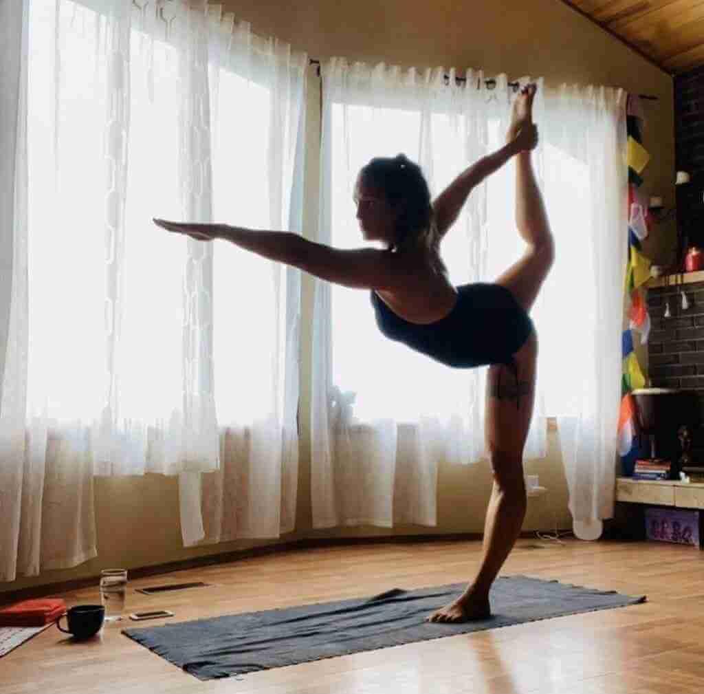 Beth Davis Yoga Teacher Asana at Home 2