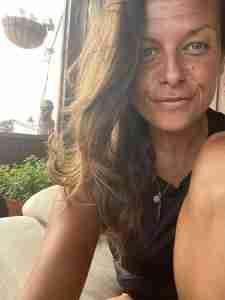 Beth Davis Yoga Teacher Asana at Home 3